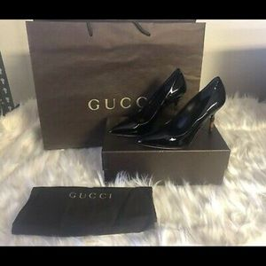 Authentic Gucci black Vernice Crystal heels Sz 36